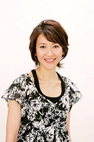 モデルの賀来千賀子