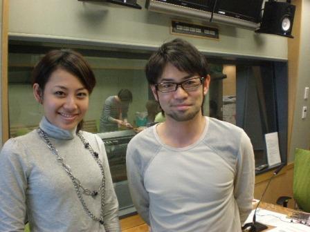 3/28サテライトプラスで行われるSAKURAライブに出演してくれる河口恭吾さんと!エコ話まで発展.JPG