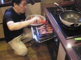 お肉をグリル.JPG