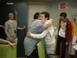 久々の再会で抱擁.JPG