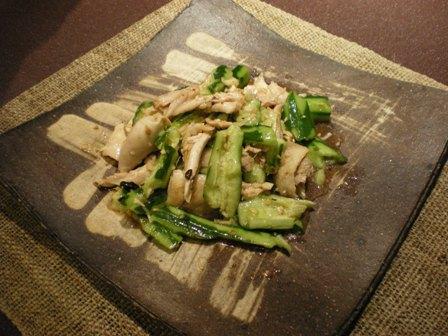 鶏ときゅうりの冷菜.JPG